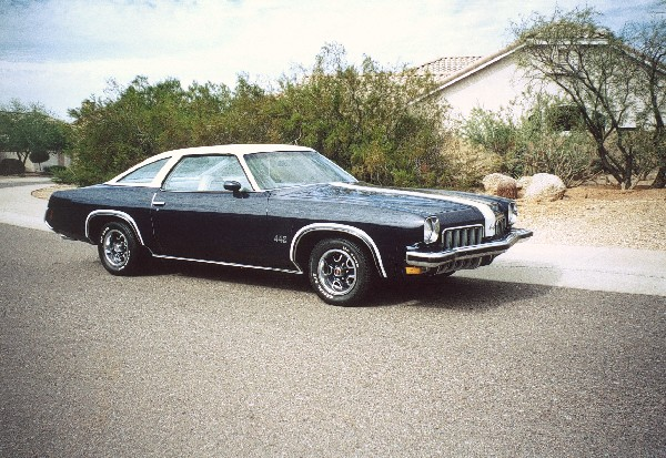 1973 OLDSMOBILE CUTLASS 442 COUPE - Front 3/4 - 22802