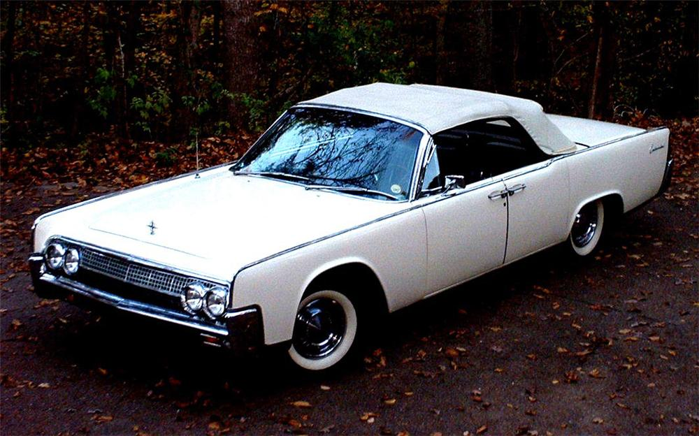 1963 LINCOLN CONTINENTAL CONVERTIBLE - Front 3/4 - 22824