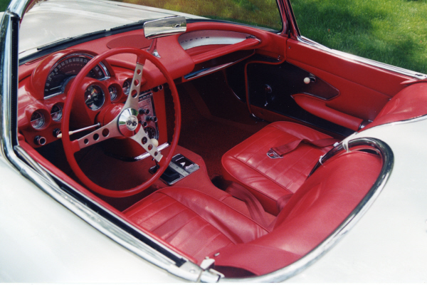 1959 CHEVROLET CORVETTE CONVERTIBLE - Interior - 22849