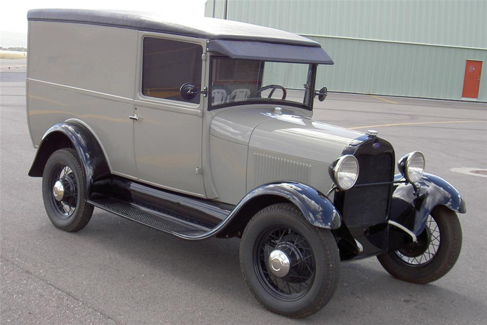 1928 FORD MODEL A DOUBLE DOOR DELIVERY - Front 3/4 - 22863