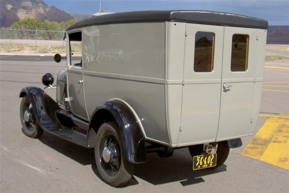1928 FORD MODEL A DOUBLE DOOR DELIVERY - Rear 3/4 - 22863