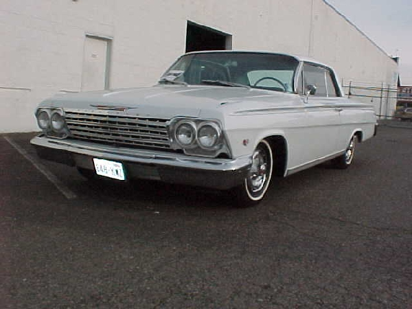 1962 CHEVROLET IMPALA SS COUPE - Front 3/4 - 22957