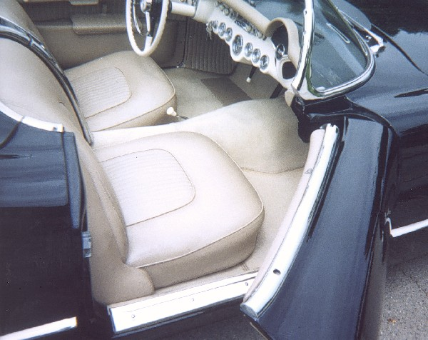 1955 CHEVROLET CORVETTE ROADSTER - Interior - 22990
