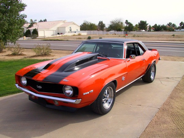 1969 CHEVROLET CAMARO COUPE - Front 3/4 - 23017