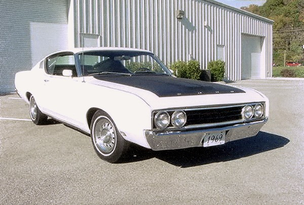 1969 FORD TALLADEGA COUPE - Front 3/4 - 23019
