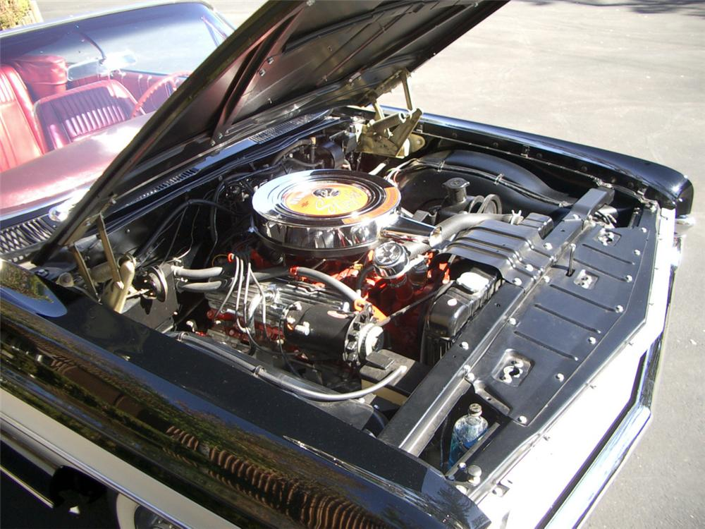 1961 OLDSMOBILE 88 STARFIRE CONVERTIBLE - Engine - 23032