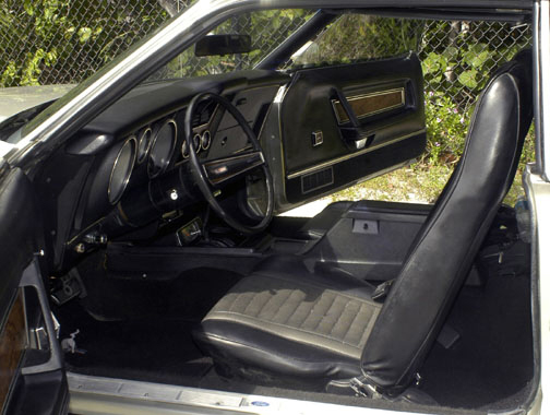 1973 FORD MUSTANG MACH 1 FASTBACK - Interior - 23048