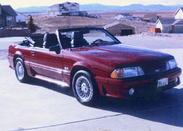 1988 FORD MUSTANG GT CONVERTIBLE - Front 3/4 - 23091