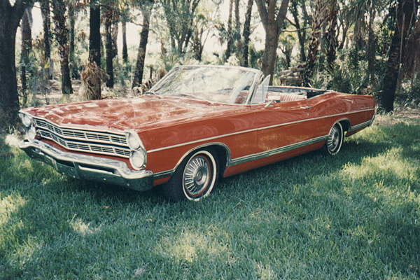 1967 FORD GALAXIE 500 CONVERTIBLE - Front 3/4 - 23099
