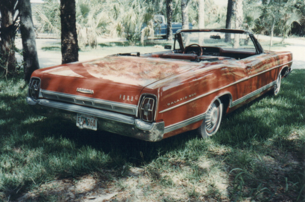 1967 FORD GALAXIE 500 CONVERTIBLE - Rear 3/4 - 23099