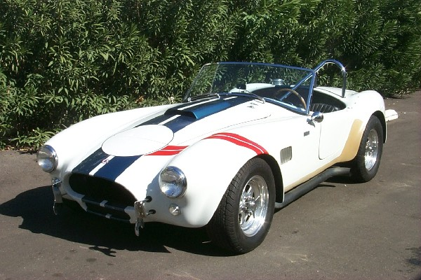 1965 COBRA UNKNOWN - Front 3/4 - 23188
