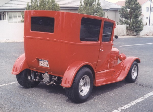 1924 FORD MODEL T 2 DOOR - Rear 3/4 - 23201