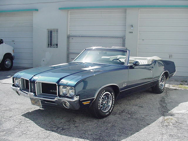 1971 OLDSMOBILE 442 CONVERTIBLE - Front 3/4 - 23254
