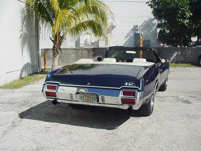 1971 OLDSMOBILE 442 CONVERTIBLE - Rear 3/4 - 23254