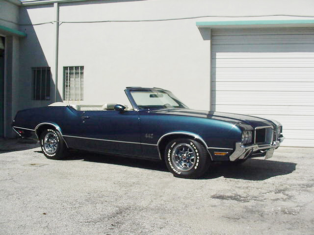 1971 OLDSMOBILE 442 CONVERTIBLE - Side Profile - 23254