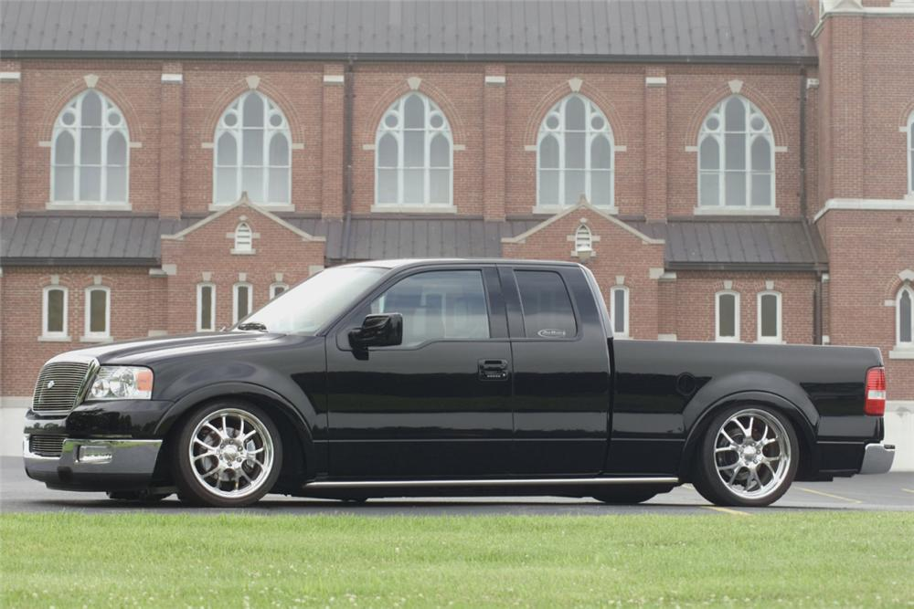 2004 FORD F-150 CUSTOM EXTENDED CAB - Side Profile - 23288