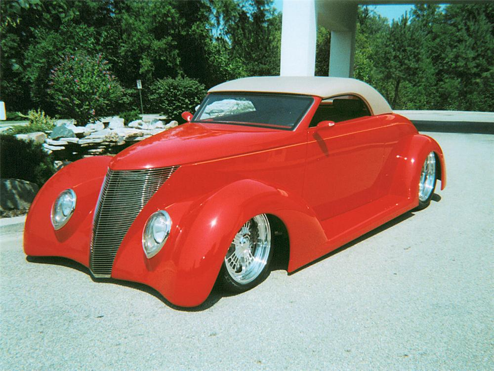 1937 FORD CONVERTIBLE - Front 3/4 - 23304