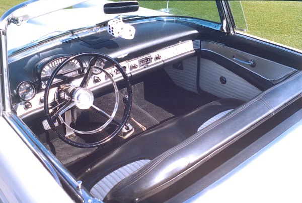 1956 FORD THUNDERBIRD CONVERTIBLE - Interior - 23318