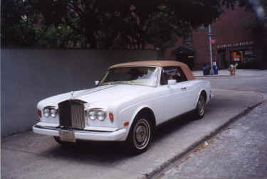 1980 ROLLS-ROYCE CORNICHE CONVERTIBLE - Front 3/4 - 23410