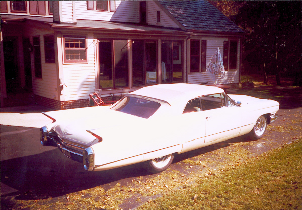 1960 CADILLAC SERIES 62 CONVERTIBLE - Rear 3/4 - 23455