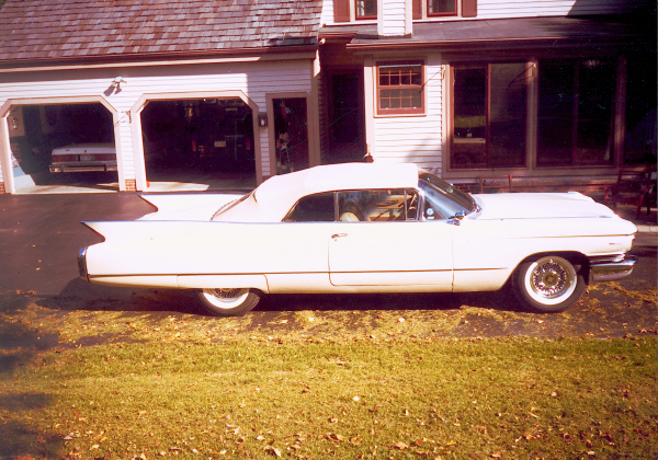1960 CADILLAC SERIES 62 CONVERTIBLE - Side Profile - 23455