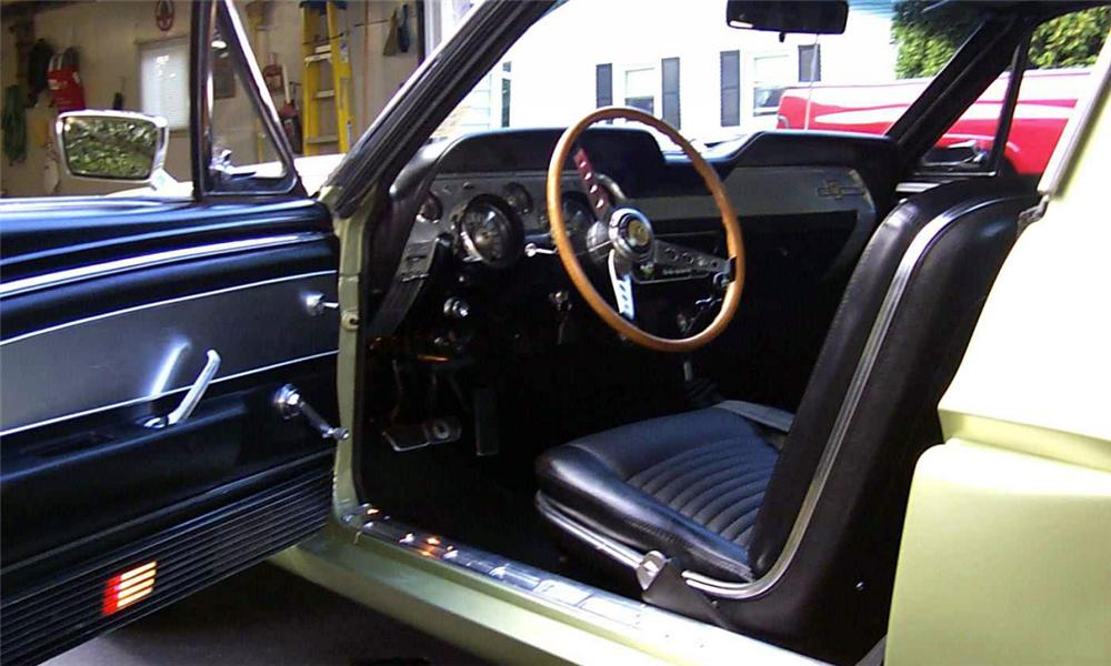 1967 SHELBY GT500 FASTBACK - Interior - 23458