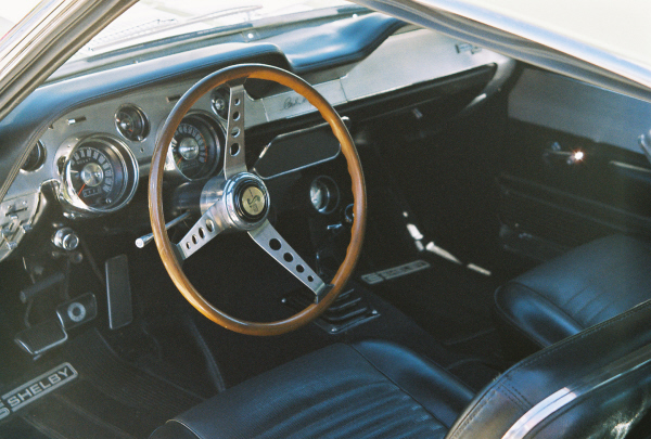 1967 SHELBY GT500 FASTBACK - Interior - 23544