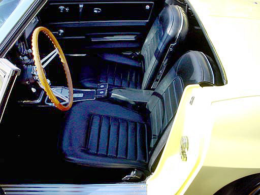 1966 CHEVROLET CORVETTE 427/425 CONVERTIBLE - Interior - 23684