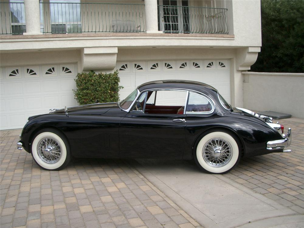 1960 JAGUAR XK 150 FIXED HEAD COUPE - Side Profile - 23688