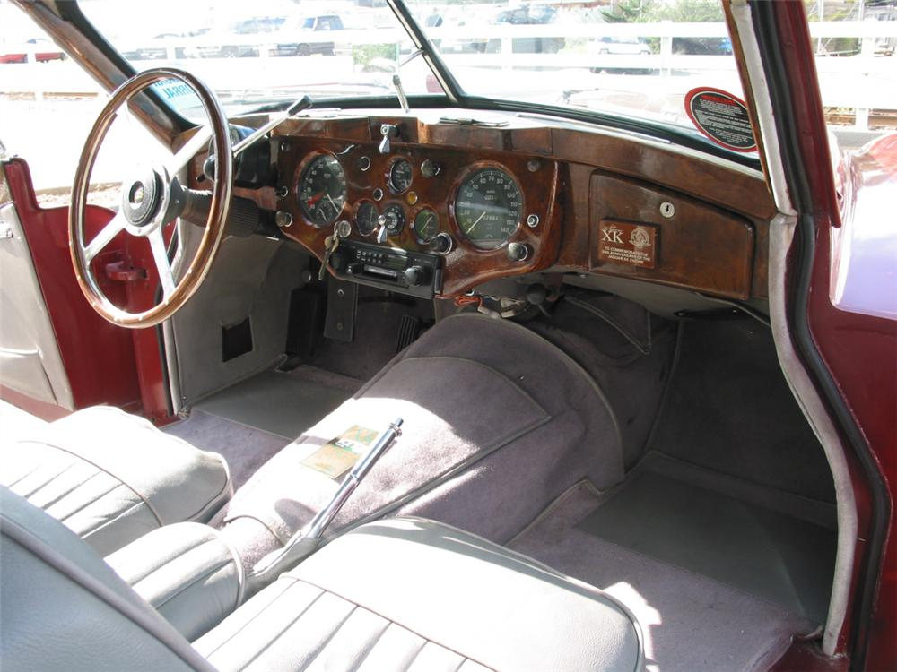 1957 JAGUAR XK 140 FIXED HEAD COUPE - Interior - 23708