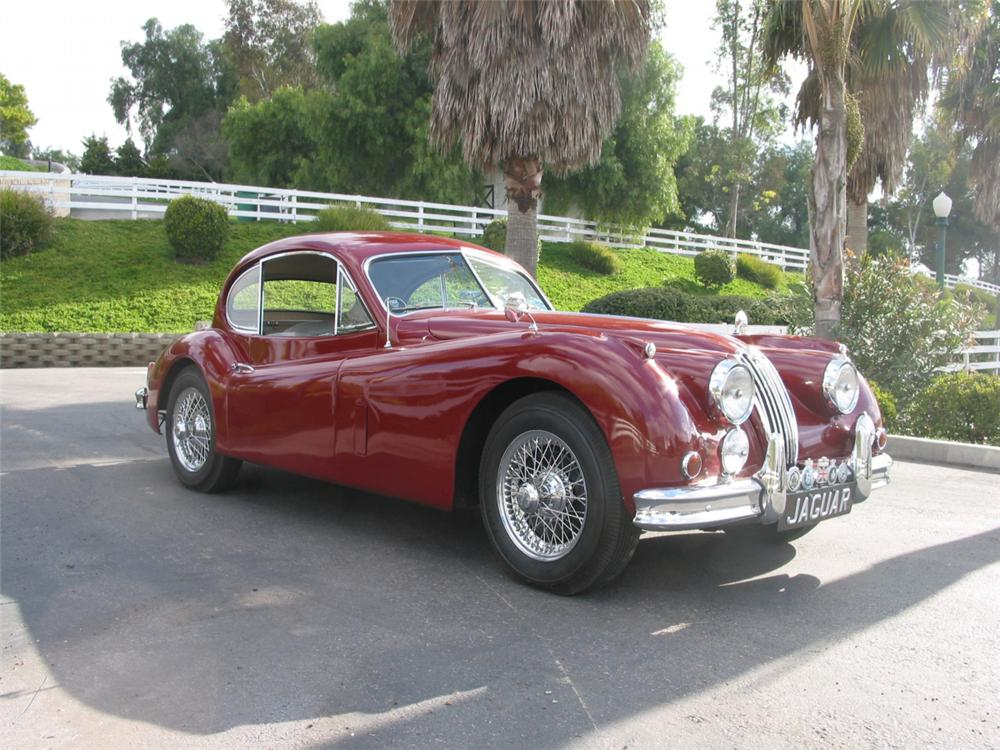 1957 JAGUAR XK 140 FIXED HEAD COUPE - Front 3/4 - 23709