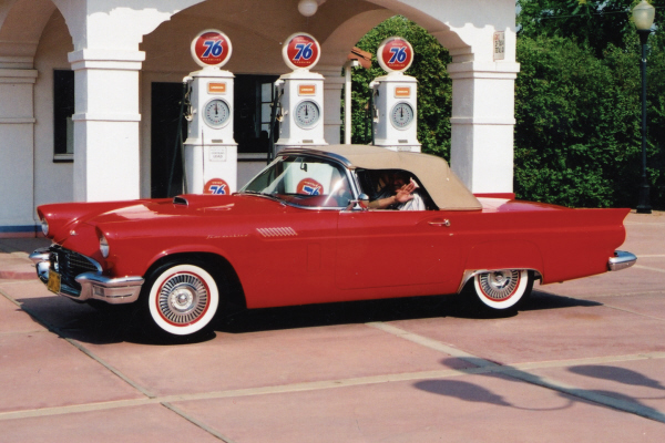 1957 FORD THUNDERBIRD CONVERTIBLE - Front 3/4 - 23716
