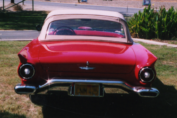 1957 FORD THUNDERBIRD CONVERTIBLE - Rear 3/4 - 23716