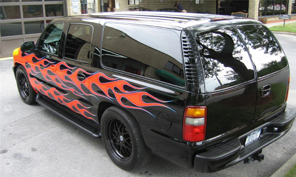 2000 CHEVROLET SUBURBAN CUSTOM - Rear 3/4 - 23806
