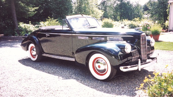 1940 LASALLE 50 CONVERTIBLE - Front 3/4 - 23826