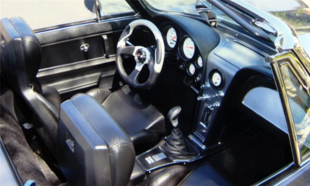 1965 CHEVROLET CORVETTE CUSTOM CONVERTIBLE - Interior - 23829