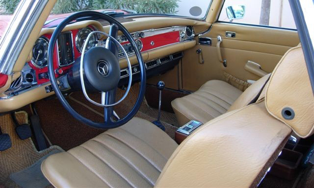 1969 MERCEDES-BENZ 280SL ROADSTER - Interior - 23837