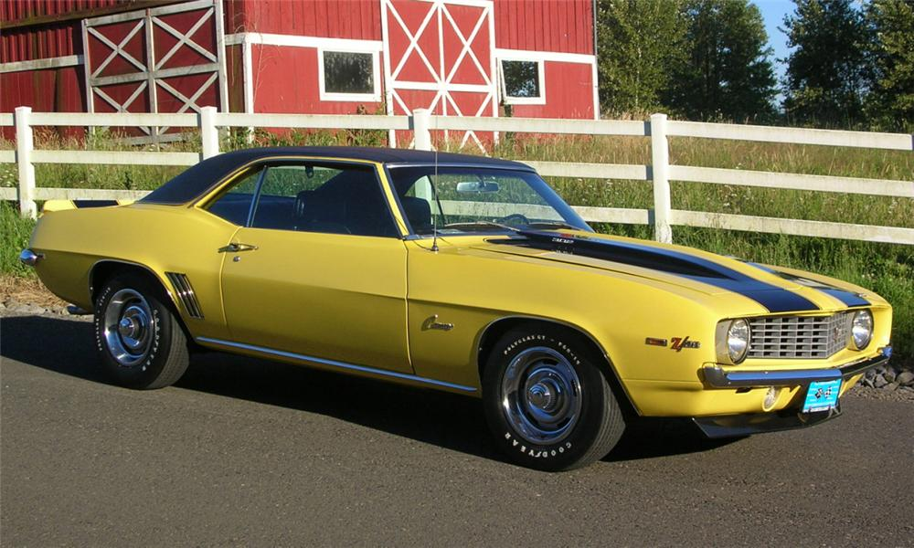 1969 CHEVROLET CAMARO Z/28 COUPE - Front 3/4 - 23917
