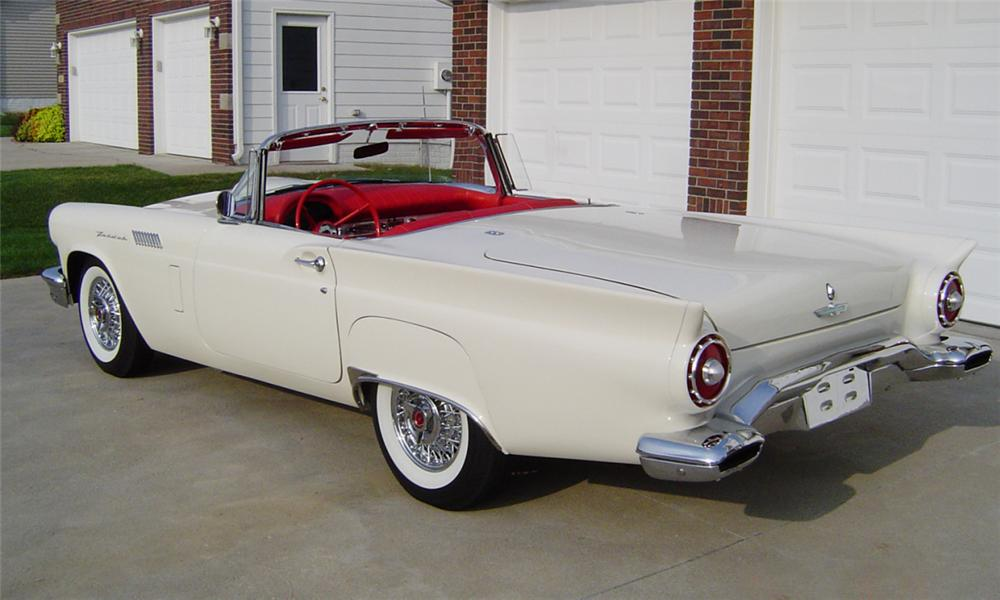 1957 FORD THUNDERBIRD E CONVERTIBLE - Rear 3/4 - 23929