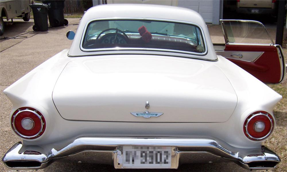 1957 FORD THUNDERBIRD CONVERTIBLE - Rear 3/4 - 23962