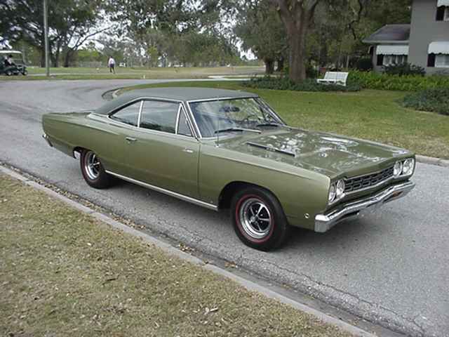 1968 PLYMOUTH ROAD RUNNER 2 DOOR HARDTOP - Front 3/4 - 23967