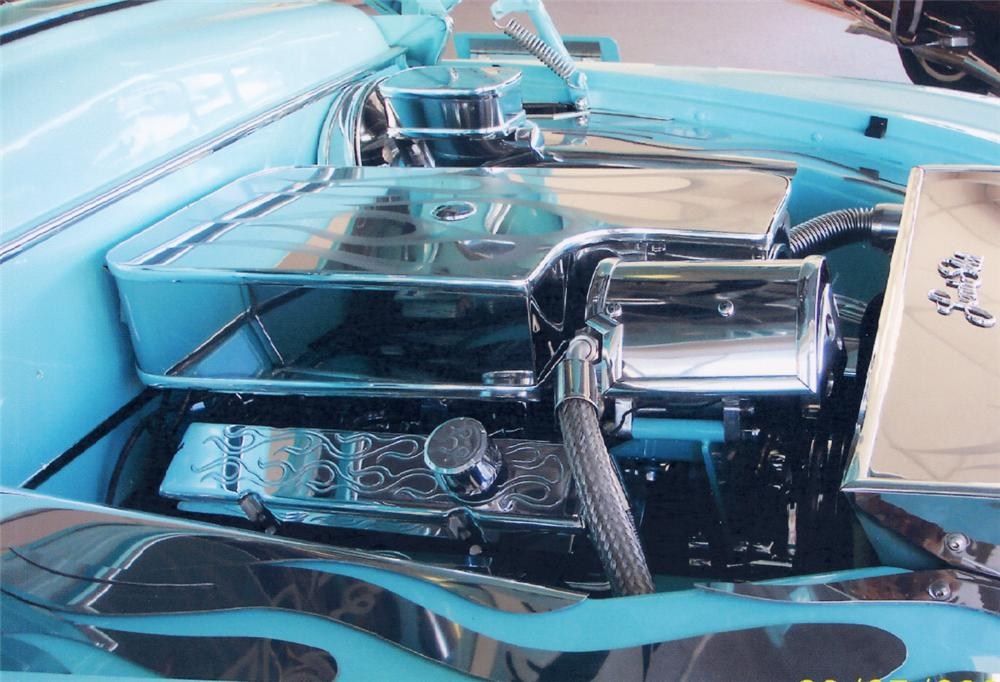 1950 MERCURY CONVERTIBLE COUPE - Engine - 23977