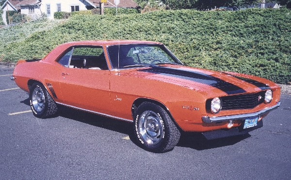 1969 CHEVROLET CAMARO Z/28 COUPE - Front 3/4 - 24070
