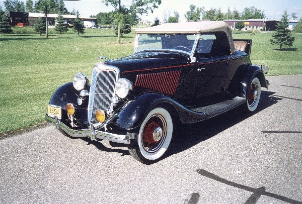 1934 FORD 40 STREET ROD ROADSTER - Front 3/4 - 24074