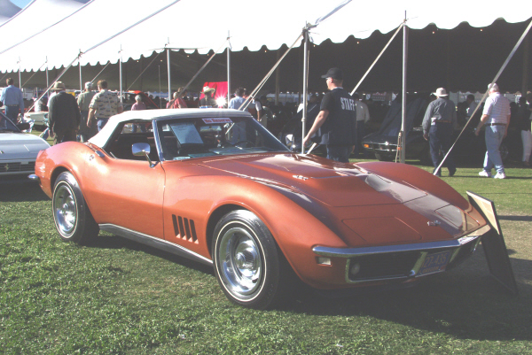 1968 CHEVROLET CORVETTE CONVERTIBLE - Front 3/4 - 24085