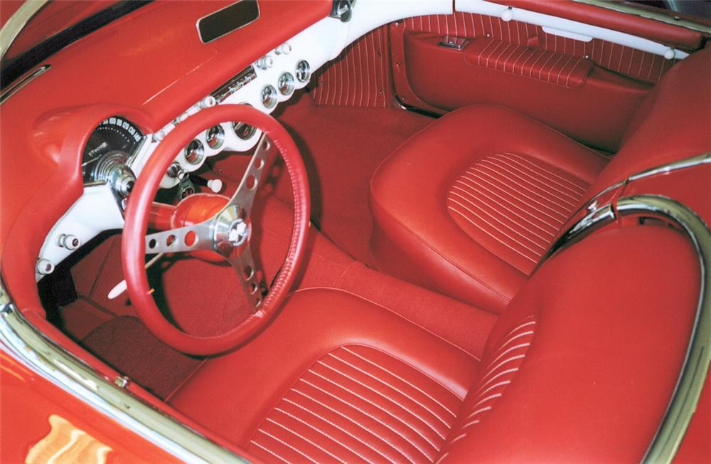1954 CHEVROLET CORVETTE ROADSTER - Interior - 24121