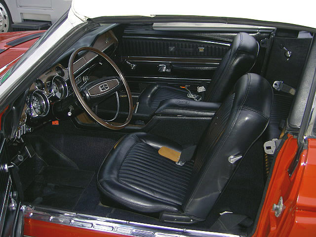 1968 SHELBY GT350 CONVERTIBLE - Interior - 24126