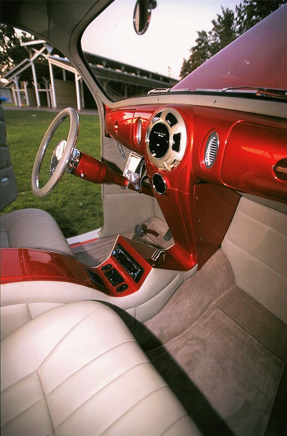 1938 LINCOLN ZEPHYR V12 COUPE STREET ROD - Interior - 24133