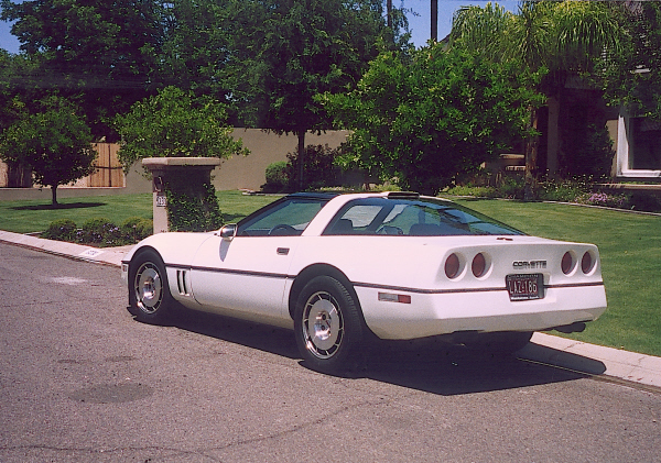 1986 CHEVROLET CORVETTE COUPE - Rear 3/4 - 24138