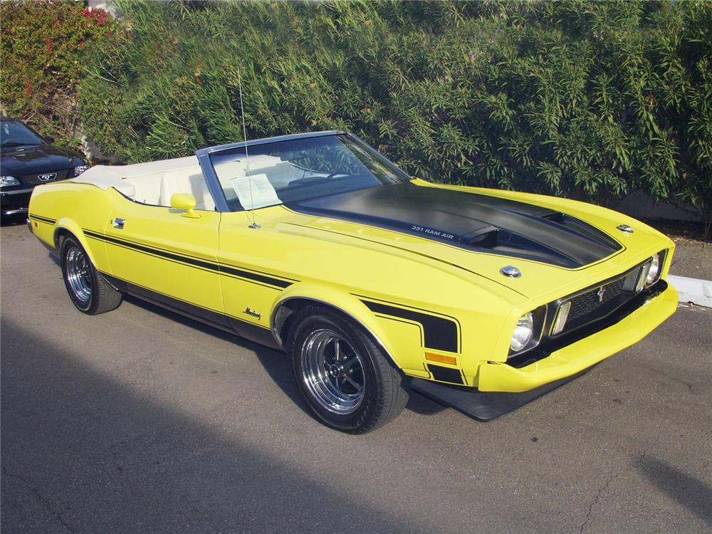 1973 FORD MUSTANG CONVERTIBLE - Front 3/4 - 24162